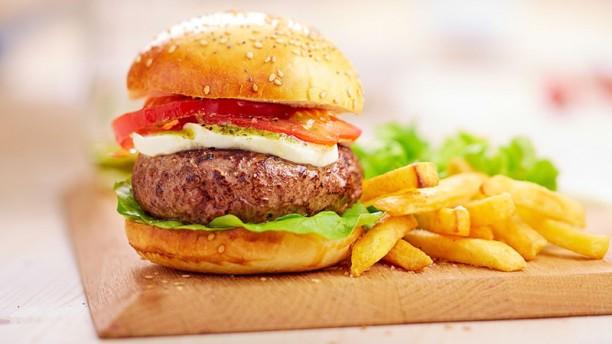 Campanile Bordeaux  Le Bouscat Burger du jour charolais 150g