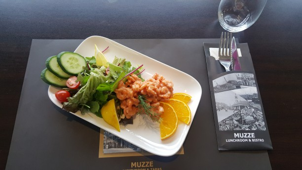 Muzze Restaurant Garnalencoctail