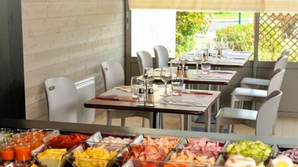 Campanile Bordeaux Sud Pessac Salle du restaurant