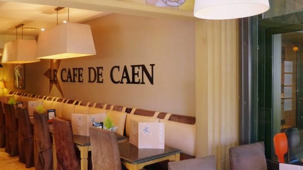 Café de Caen Vue de la salle