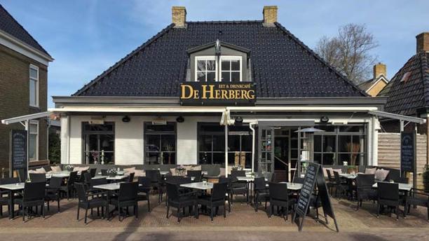 Eet & Drinkcafe de Herberg De voorkant