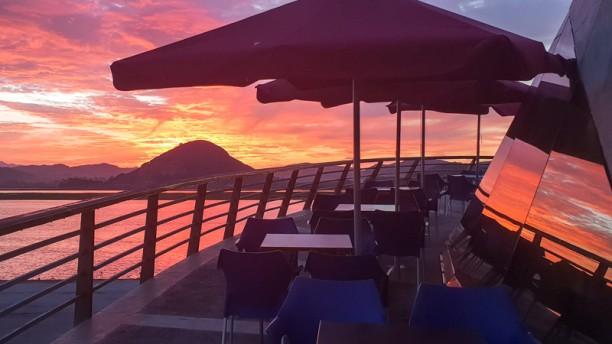 El Restaurante de Pilar Puestas de sol desde el restaurante