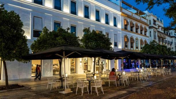 Restaurante Fluvial En Sevilla El Arenal La Maestranza