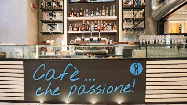 Napoli Cafè - bistrò amburgheria Particolare Bancone