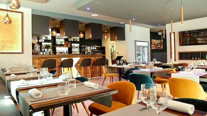 L'histoire continue by Stéphank - Restaurant - Lyon