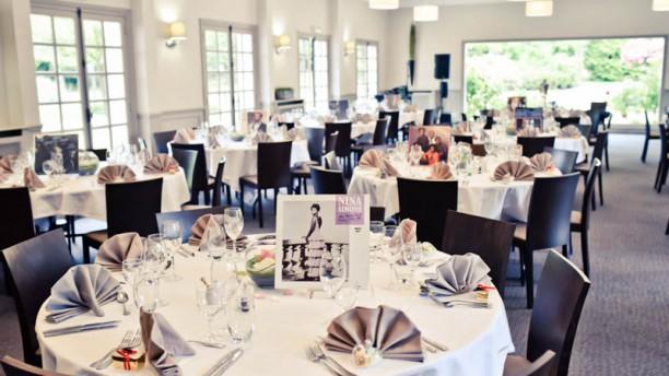 Restaurant du golf de domont montmorency in domont for Domont restaurant