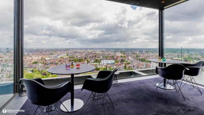 Vue de la salle - La Villa in the Sky, Brussels