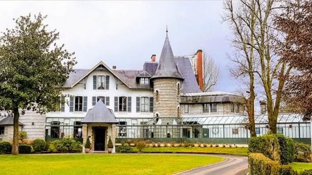 Villa Navarre Façade