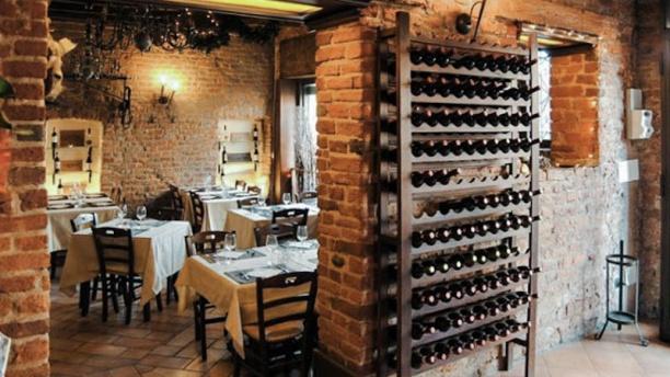 Cucina Undici vasto assortimento di vini