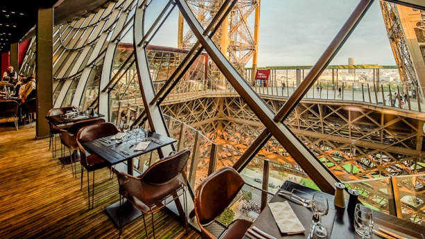 restaurant restaurant 58 tour eiffel paris 75007 tour eiffel champ de mars menu avis. Black Bedroom Furniture Sets. Home Design Ideas