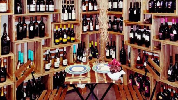 Viver Vino Veritas Tavolo per due