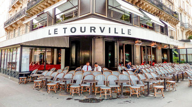 Le tourville in paris restaurant reviews menu and for 42 ecole piscine
