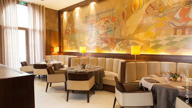 restaurant la tass e romain borgeot lyon 69002 bellecour menu avis prix et r servation. Black Bedroom Furniture Sets. Home Design Ideas