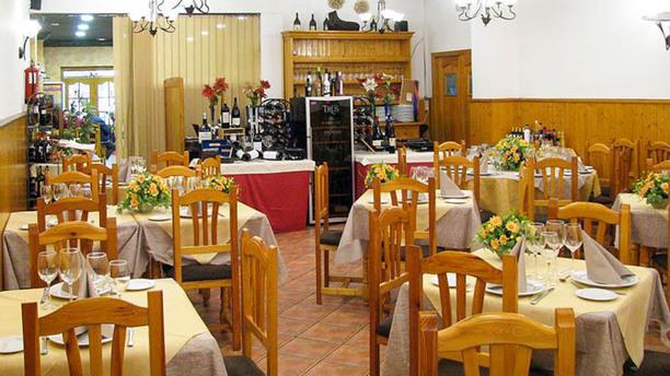 Mesón Lourdes Vista Sala