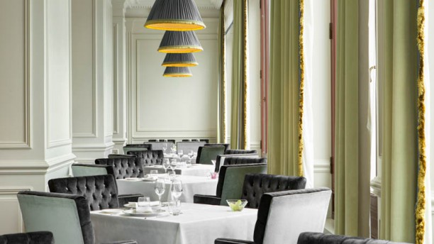 Savoy Restaurant Sala