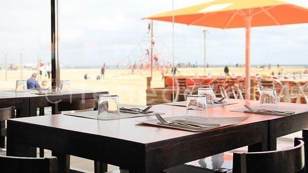 Sal Café Interior y exterior