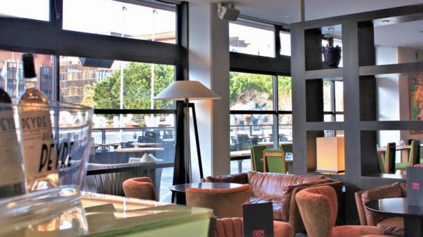 restaurant le victor caf new hotel of marseille marseille 13007 vieux port menu avis. Black Bedroom Furniture Sets. Home Design Ideas