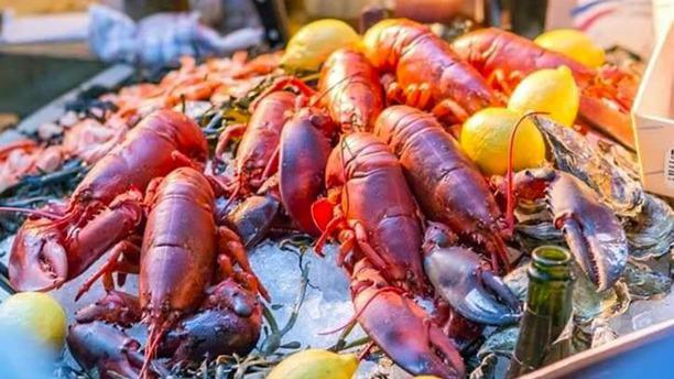 Les Copains seafood