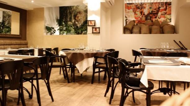 Restaurante Dhaba Vista de la sala
