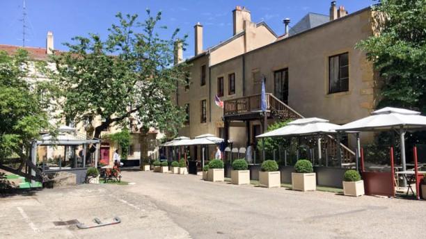 Georges - À La Ville de Lyon Exterieur