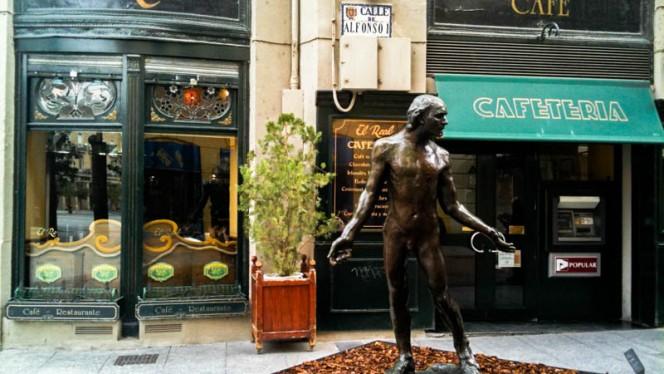detalle exterior - El Real, Zaragoza