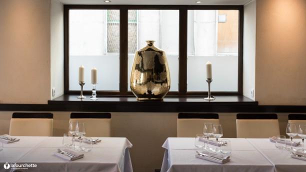 Cinnamon restaurant 15 rue de la division leclerc 67000 for Piscine divion horaires d ouverture