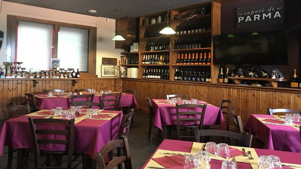 Osteria Sapori di Parma Vista della sala