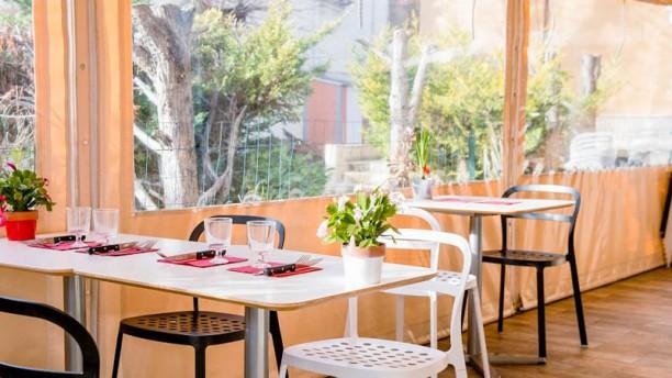 Yves Restaurant Vue de la salle