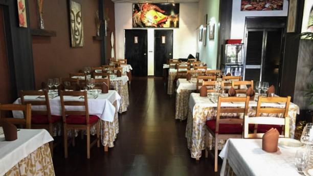 Bombay Grill - Torremolinos Vista sala