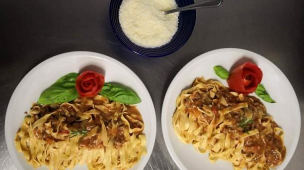 Tasty restaurant Tagliatelle al ragù