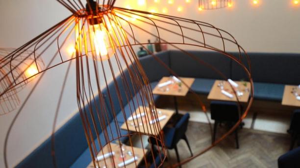 Porte 12 in paris restaurant reviews menu and prices for Porte 12 restaurant