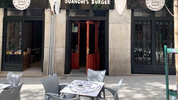 Juanchis Burgers San Miguel Terraza