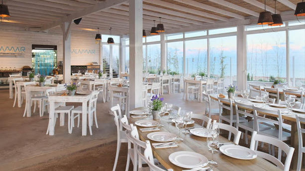 Malamar Restaurant & Lounge Salón