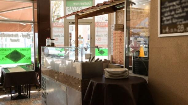 Café des Charmilles salle