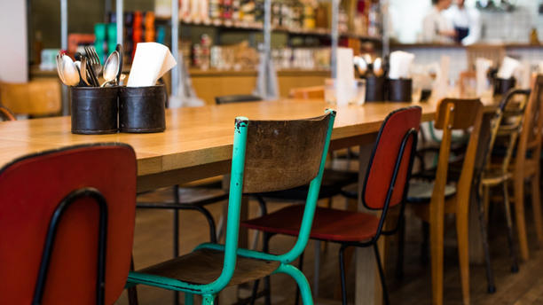 restaurant le bel ordinaire paris 75010 gare du nord gare de l 39 est op ra grands. Black Bedroom Furniture Sets. Home Design Ideas