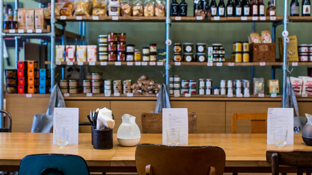 le bel ordinaire restaurant 54 rue de paradis 75010 paris adresse horaire. Black Bedroom Furniture Sets. Home Design Ideas