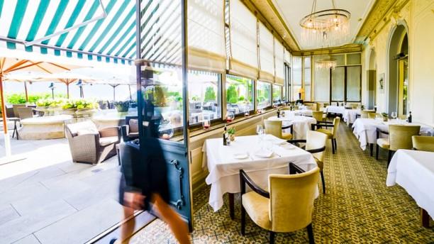 """Le Restaurant """"Les Trois Couronnes"""" Salle"""