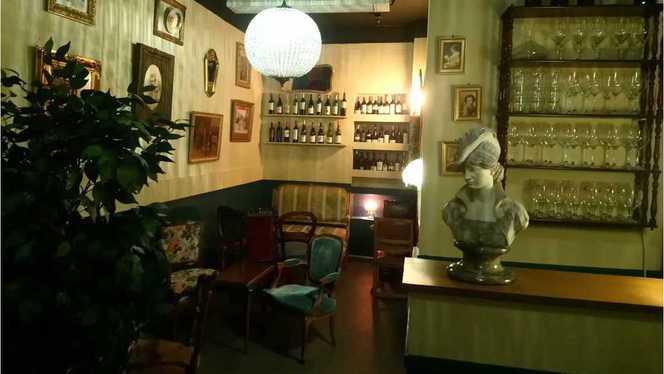 salle - Voilà ! Bar à vins du monde, Bordeaux