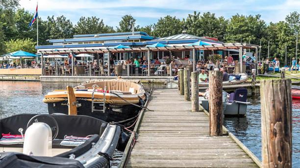 Waterfront Vlietland Het restaurant