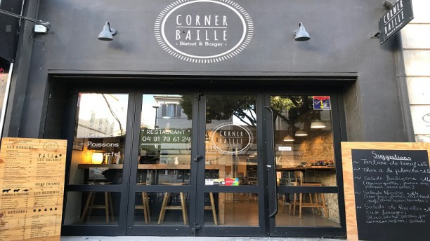 Corner Baille Corner Baille