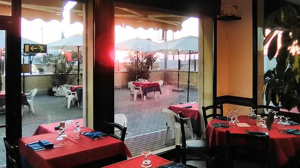 Rosso Corallo Salone ristorante