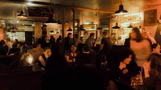 Bodega Bay bar
