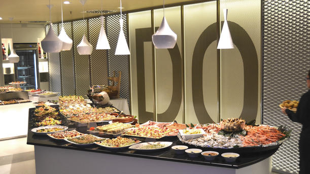 Prime Restaurante Inactiu Buffet Del Casino En Barcelona Download Free Architecture Designs Grimeyleaguecom