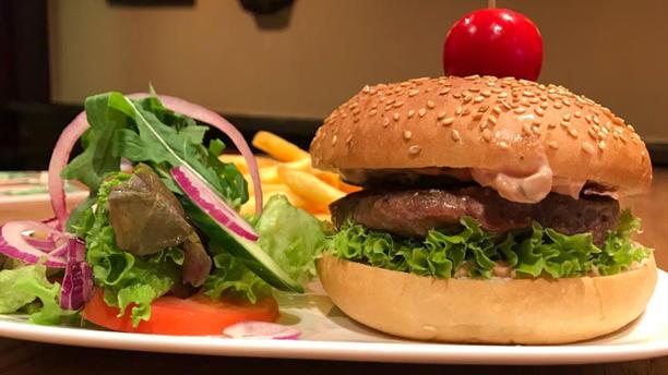 Cuddle Pub Burger