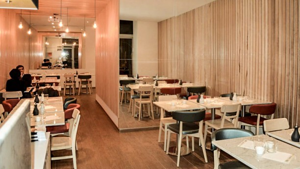 Restaurant yomisushi marseille 13006 avis menu et prix for Resto lasalle