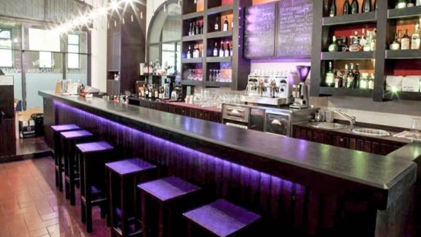 Enò Enoteca Bar