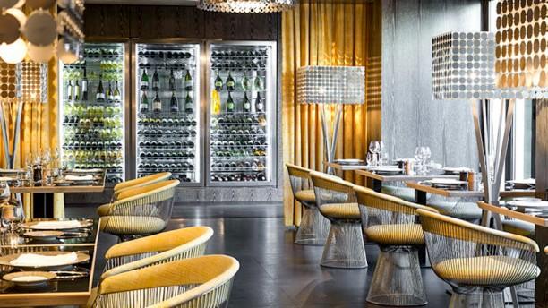 Le pationata h tel de paris saint tropez in saint tropez for Restaurant la salle a manger paris