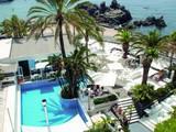 Sicilia's Cafe de Mar