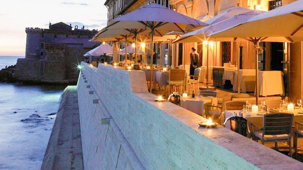 LA POSTA VECCHIA HOTEL Terrazza