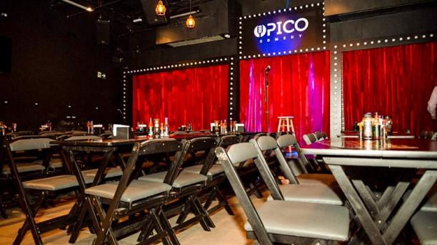 O Pico Comedy Vista do interior